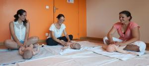 Cours de Massages bébé par Sandrine Carmeille à Porto-Vecchio